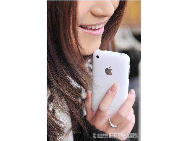 苹果iPhone3GS(联通版8GB)时尚美图第2张