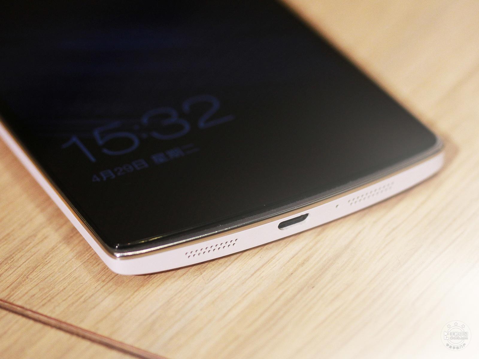 一加手机(64GB/移动版)机身细节第7张