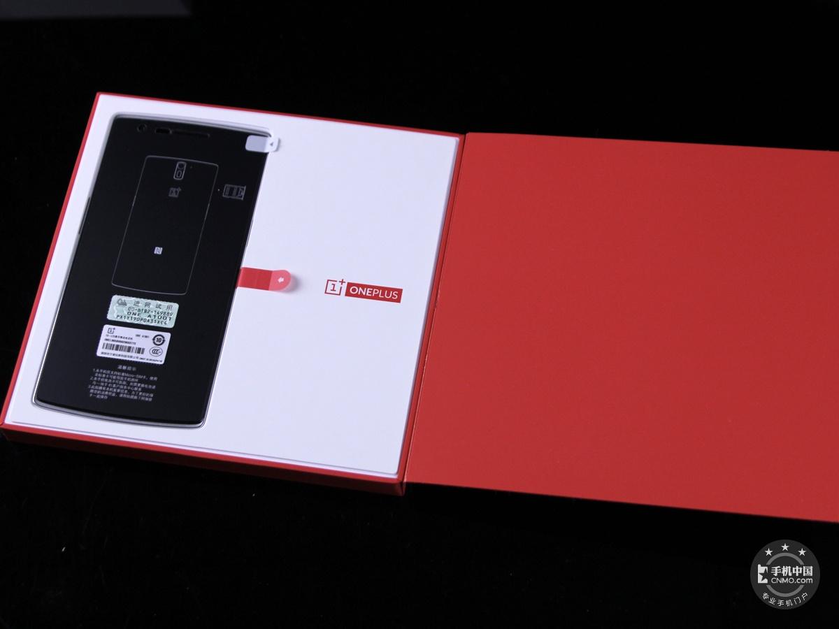 一加手机(64GB/联通版)整体外观第5张