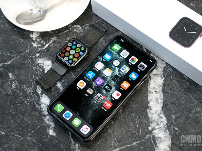 苹果iPhone11ProMax(256GB)整体外观第1张