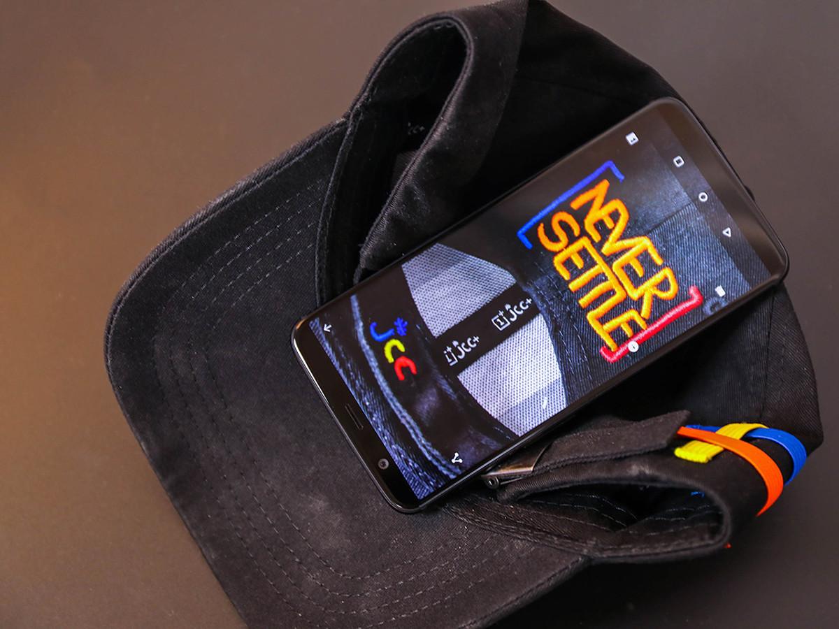 一加手机5T(128GB)整体外观第8张