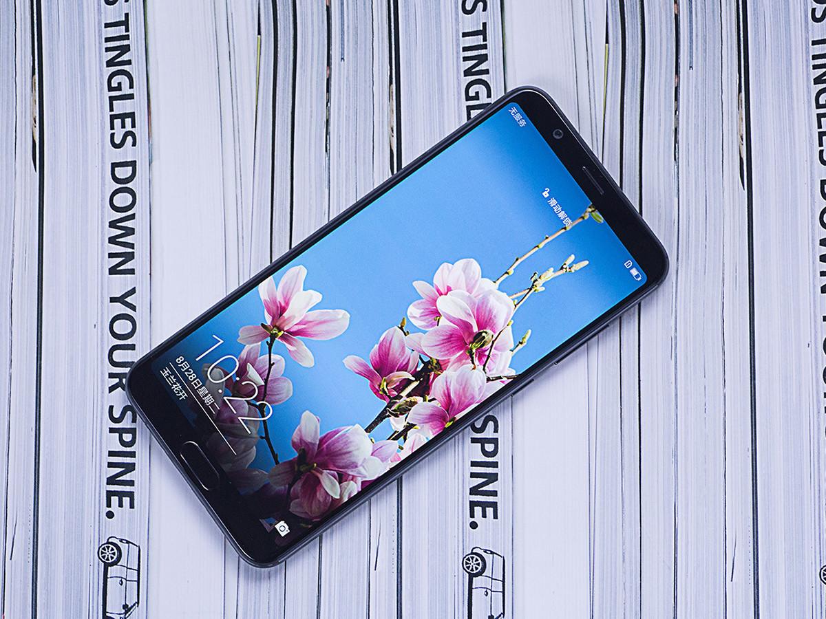 荣耀V10(6+128GB)整体外观第4张